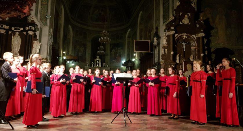 Koncerty, Rozpoczynają Płockie Koncerty Organowe - zdjęcie, fotografia