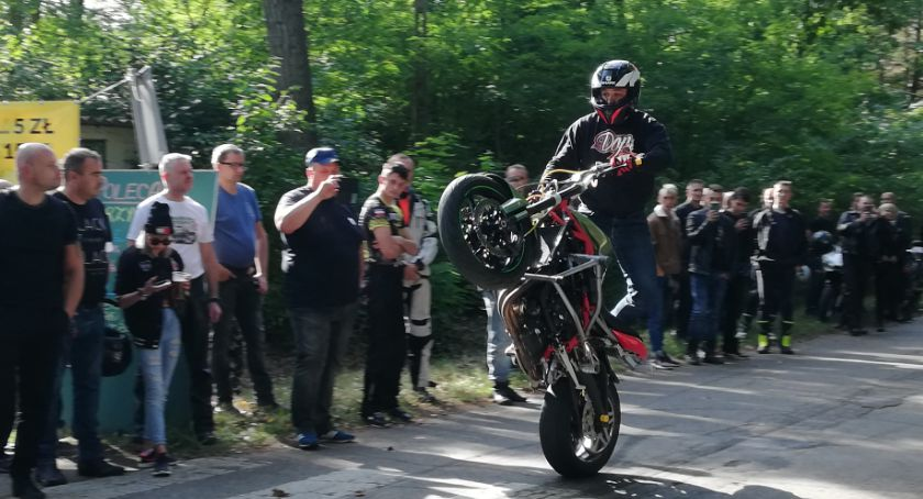 O tym się mówi, Motocykliści znów opanowali Miałkówek [FOTO] - zdjęcie, fotografia