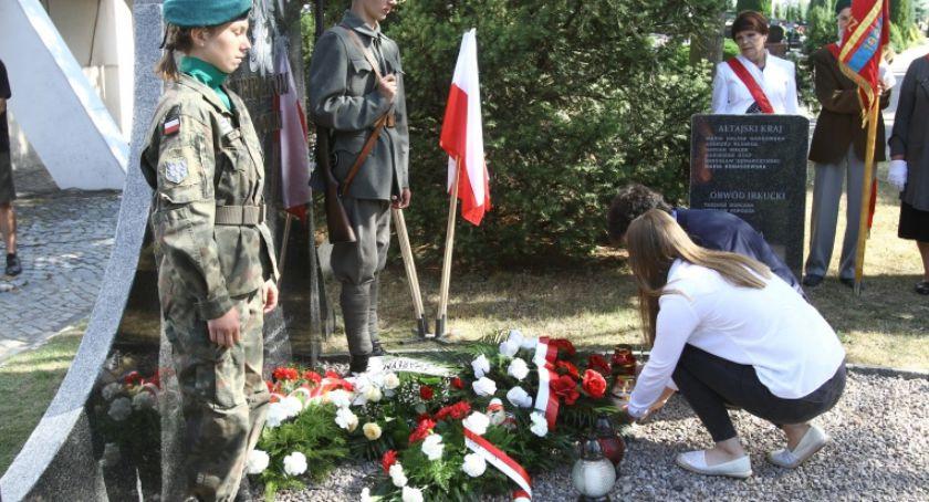 Wokół Nas, Płock pamięta zesłańcach jutro Dzień Sybiraka - zdjęcie, fotografia