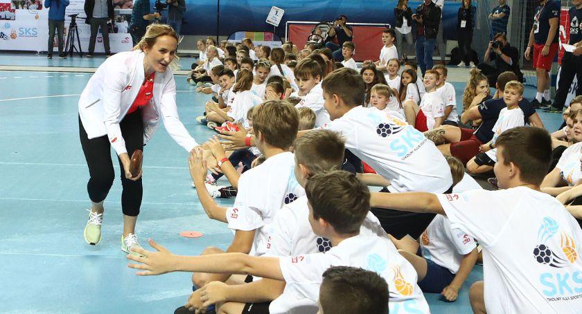#programSKS Dzieci ćwiczyły w obecności gwiazd sportu [ZDJĘCIA]