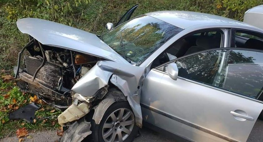 Wypadki drogowe, Jedną osobę przewieziono szpitala - zdjęcie, fotografia