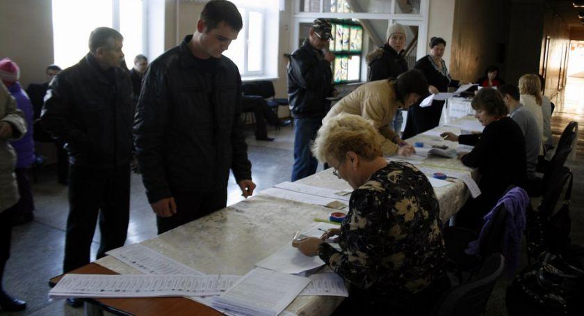 Komunikaty policji , Wybory obstawą policji - zdjęcie, fotografia
