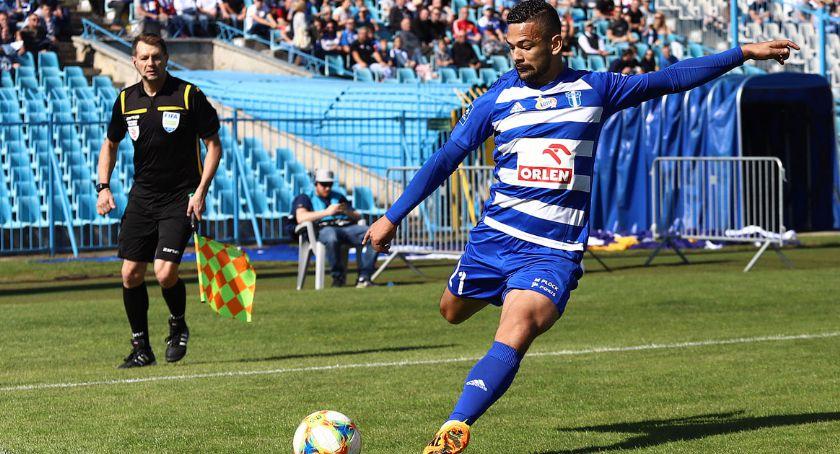 Piłka nożna, Ricardinho strzelił Komplet punktów Wisly - zdjęcie, fotografia