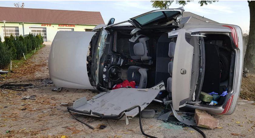 Wypadki drogowe, Zakleszczony kierowca Wypadek Pepłowie [AKTUALIZACJA] - zdjęcie, fotografia