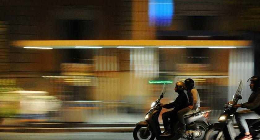 Wypadki drogowe, zauważyła skutera Wczorajszy wypadek Wyszogrodzkiej - zdjęcie, fotografia