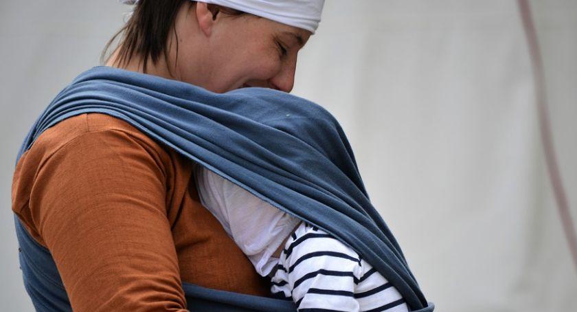 Dzień Wcześniaka na Winiarach – będą warsztaty z integracji sensorycznej i noszenia w chustach