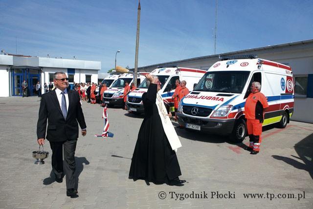 Zdrowie - Szpital, Będą ratować mercedesami - zdjęcie, fotografia