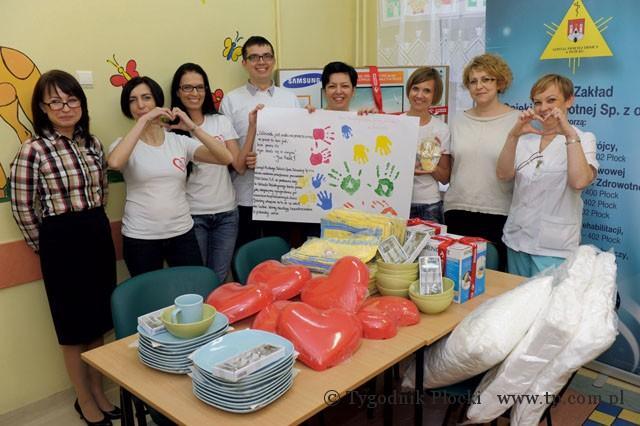 Zdrowie - Szpital, Pomagają dzieciom - zdjęcie, fotografia