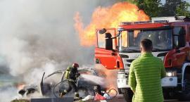 Samochód w ogniu, co z kierowcą i pasażerami ?