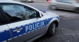 Policja przeszukuje szkołę średnią w Gąbinie po informacji o groźbie wybuchu