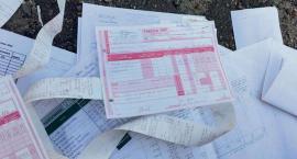 Sterty urzędowych papierów w Miałkówku