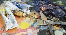 Z jakich narzędzi korzystają artyści?