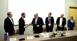 Mostostal Płock i Mostostal Warszawa wybudują nowe zbiorniki na ropę