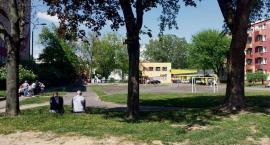 Zniknie asfaltowe boisko przy Hermana