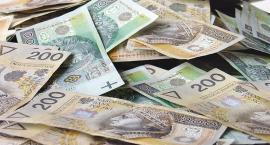 Pracownica banku wyłudziła miliony złotych