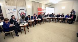 Kandydaci do Sejmu zmierzyli się podczas debaty [ZDJĘCIA, FILM]