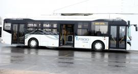 Testy nowoczesnego autobusu na płockich ulicach