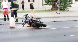 Zderzenie roweru z motocyklem. Korek w Alejach Kilińskiego