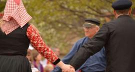 W niedzielę, 7 lipca na Tumskiej spotkają się miłośnicy tańca w kręgu