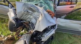 Groźny wypadek pod Drobinem. Poszkodowanemu pomógł świadek zdarzenia