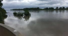 Alarm przeciwpowodziowy w Płocku. Fala wezbraniowa minęła Płock