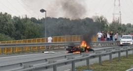 Motocykl palił się na moście. Motocyklista wyparował?  [AKTUALIZACJA]