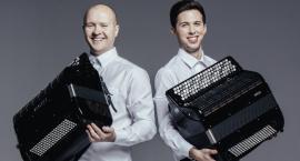 Akordeonowy duet w Sannikach