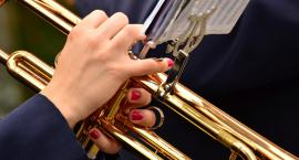 Wyjątkowa chwila dla szkolnej orkiestry z Płocka. Zagrają z największymi sławami