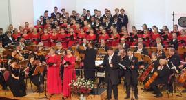 Pueri et Puellae Cantores Plocenses śpiewają dla Niepodległej
