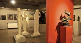 Poeta rzeźby i symbolista