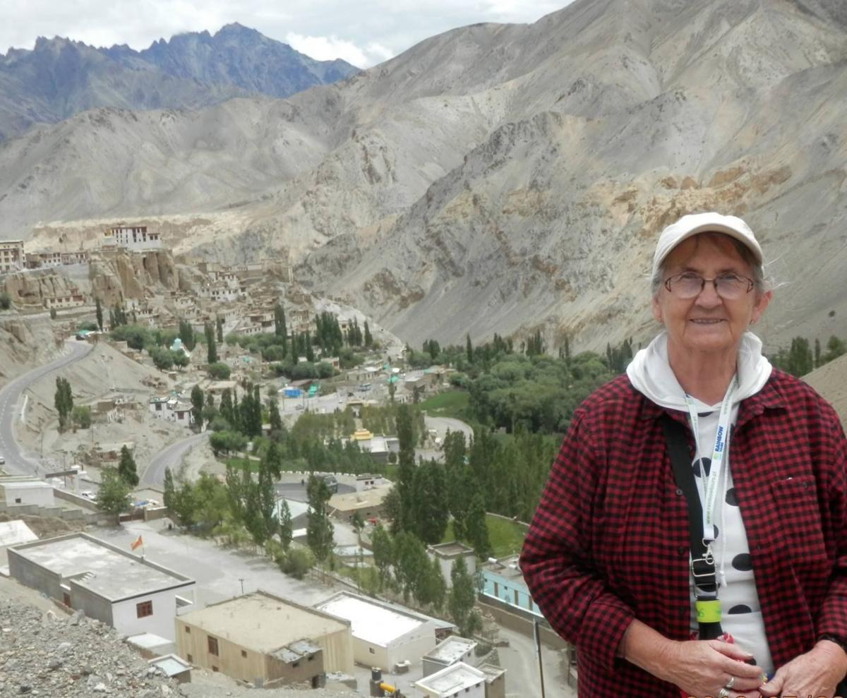 Turystyka, Dalajlama prawie wyciągnięcie ręki - zdjęcie, fotografia