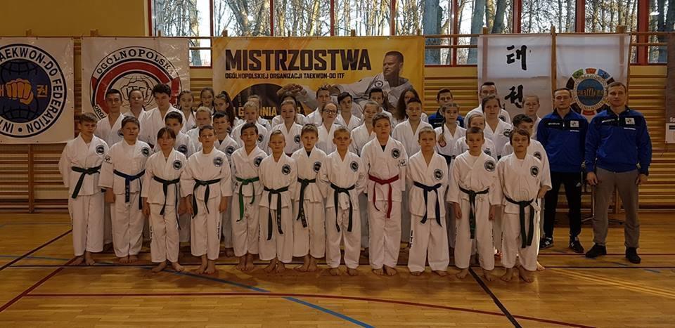 inne, Medalowe żniwo taekwondoków Dęblina - zdjęcie, fotografia