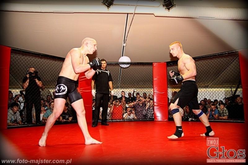 MMA, Gospodarze wygrali wszystko - zdjęcie, fotografia
