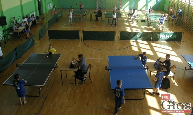 Tenis stołowy, Pierwsze takie mistrzostwa - zdjęcie, fotografia