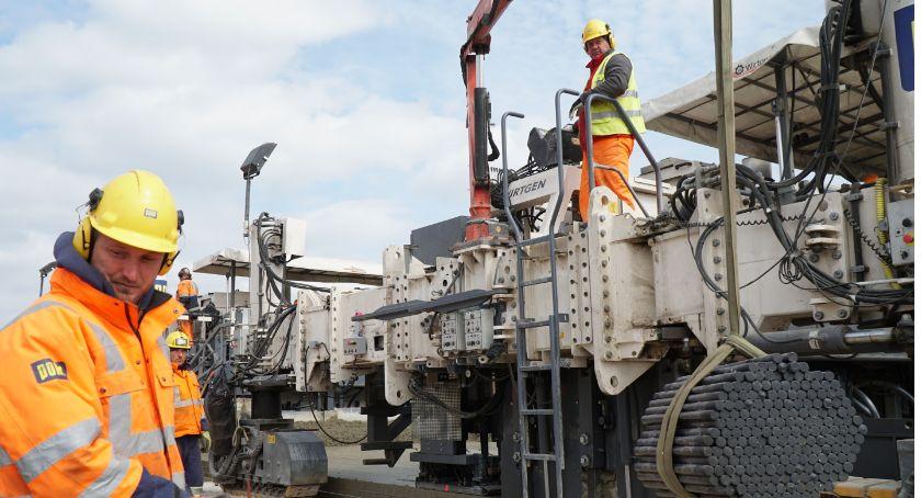 Inwestycje, Raport budowy Drogowcy pochwalili postępem - zdjęcie, fotografia
