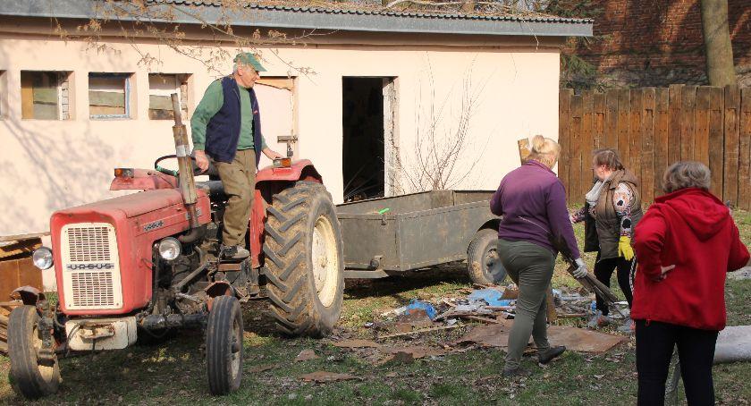 Społeczeństwo, Świetlica Moszczance odzyskuje blask - zdjęcie, fotografia