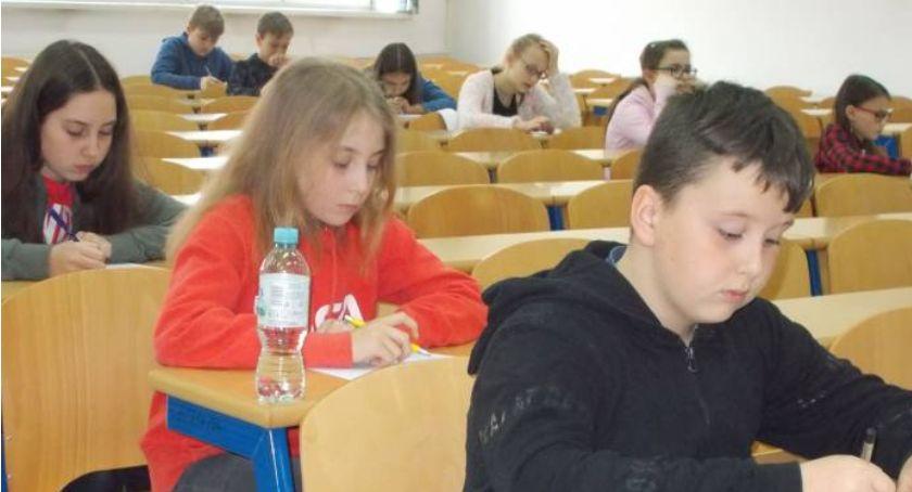 Edukacja, Najlepsi otrzymali smartwatche - zdjęcie, fotografia