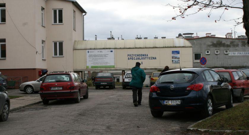 Polityka, Minister otwarciu szpitala - zdjęcie, fotografia