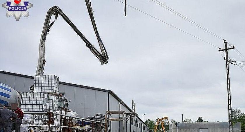 Wypadki, Mężczyzna porażony prądem budowie - zdjęcie, fotografia