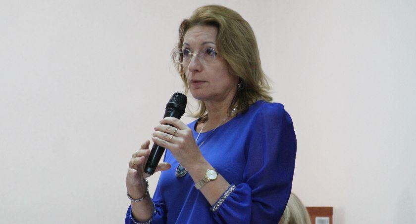 Samorząd, Burmistrz wytrzymała dziennikarza redakcję fundację - zdjęcie, fotografia