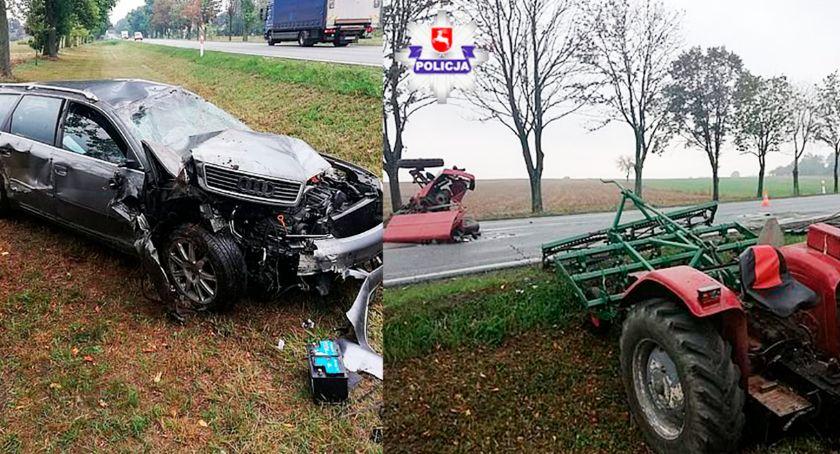 Wypadki, zderzeniu traktor rozpadł części - zdjęcie, fotografia