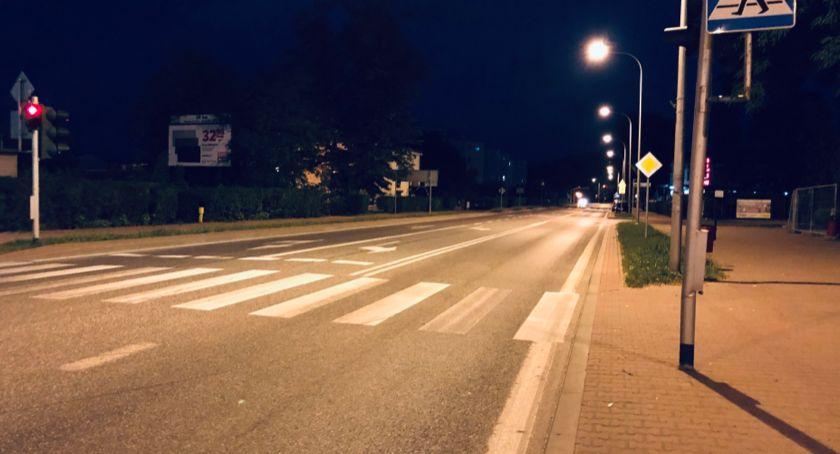 Społeczeństwo, stały cichym miastem - zdjęcie, fotografia