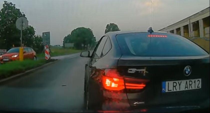 Policja, Policjant ukarany mandatem Dlaczego - zdjęcie, fotografia