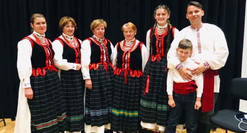 Folklor, Nowodwór Babeczki Zawitały Turnieju Muzyków Prawdziwych - zdjęcie, fotografia