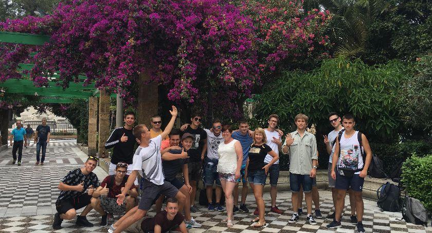 Szkoły średnie, Dęblin Uczniowie zwiedzali Andaluzję - zdjęcie, fotografia