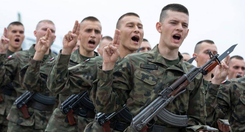 Wojsko, Dęblin Wstąpili szeregi Wojska Polskiego - zdjęcie, fotografia