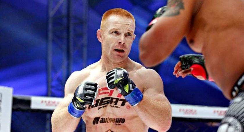 MMA, Dęblin Adrian Kurek wygrał walkę Amerykaninem - zdjęcie, fotografia