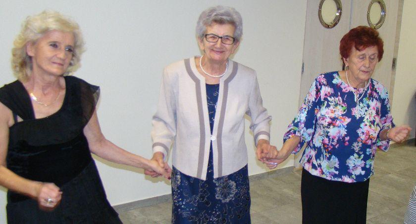 Społeczeństwo, Dęblin Świętowali Dzień Seniora (galeria zdjęć) - zdjęcie, fotografia