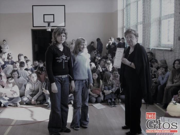 Społeczeństwo, Zmarła Janina Nowak wicedyrektor Dęblinie - zdjęcie, fotografia