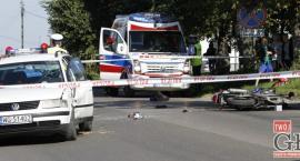 19-latka i jej 15-letni pasażer trafili do szpitala